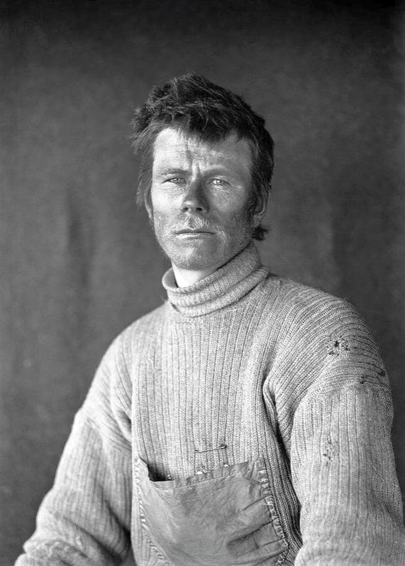 Az expedíció egyik orosz tagja, Dimitrij Szemjonovics Gerov. (A másik Anton Omelcsenko volt, a pónik egyik gondozója.)