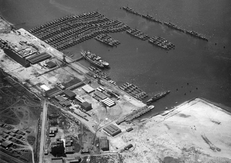 A Csendes-óceáni Flotta 77 rombolója a San Diegói támaszponton, 1924-ben.