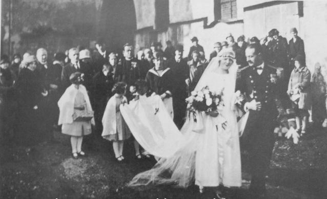Georg von Trapp és Maria Kutschera esküvője Salzburgban, 1927-ben.