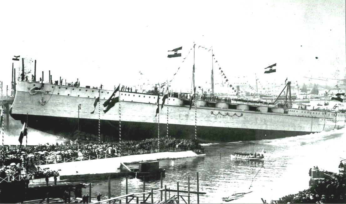 Az o-m haditengerészet egyik legdicsőségesebb pillanata. A Viribus Unitis vízrebocsátása, 1911 június 24-én.