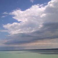 #huginakcsinaltam #dietabaratkirandulas #nofilter #nofilterneeded #tihany #balaton #ilovebalaton #meseszep #beautiful #beautifulbalaton #lake #nature #naturephoto #naturephotography #naturepic #sky #skypicture