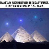 Nagyon ritka bolygóegyüttállás a Gízai-piramisoknál?