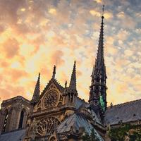 Valóban bezártak 500 keresztény templomot és 423 mecsetet nyitottak Londonban?