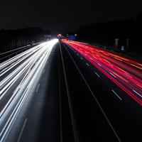Megmérték: átlagosan hatszor gyorsabban terjednek az álhírek, mint az igazság