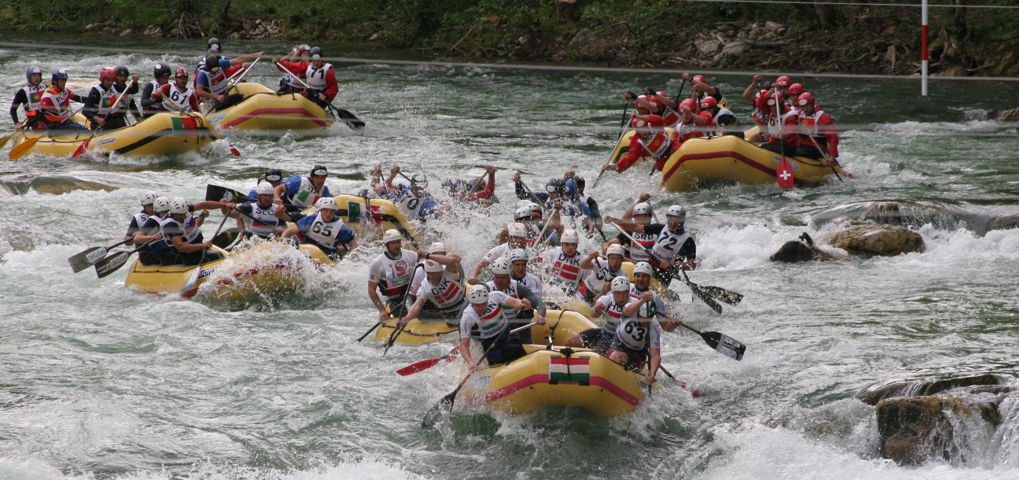 rafting-erc-2008-hungaroraft-csapatepito-program.JPG