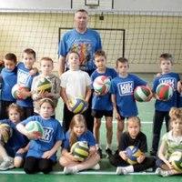 Már a legkisebbek is röplabdáznak Csepelen!