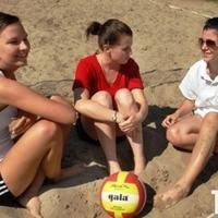 Strandröplabda és hőség