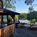 Egy nagyszerű majd egy kevésbé nagyszerű bicajozás Helsinkiben, majd az év grillezése egy tó partján