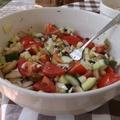 Cukkini, paprika, paradicsom, kígyóuborka - saláta kétféleképpen