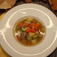 Kelbimbós kacsaszárnytő leves