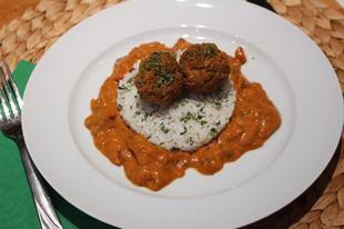 Fűszeres indiai húsgolyók