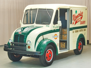 1965-divco-delivery-truck-1.jpg