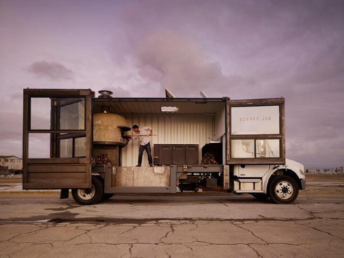 700_sf-food-truck-pizza-truck-jpeg.jpg