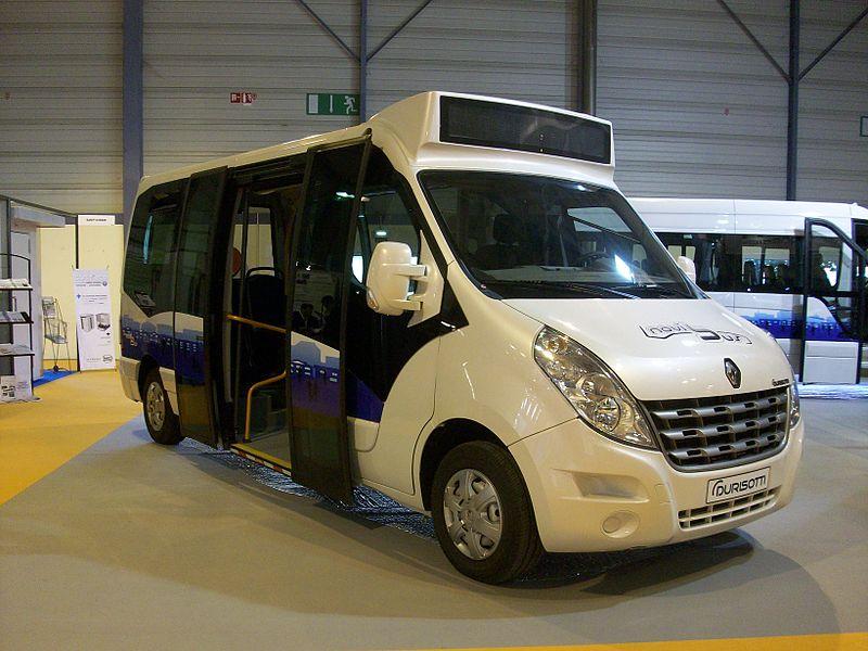 800px-Renault_Master_III_Durisotti_-_RNTP_2011.JPG