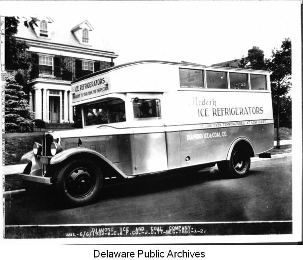 refrigerator truck 1932.jpg