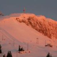 671 centi hó Svájcban, félárú jegyek Szlovákiában - hójelentés hétvégére