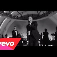Justin Timberlake feat. Jay Z - Suit & Tie     ♪