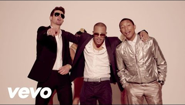 Robin Thicke feat. T.I., Pharrell - Blurred Lines