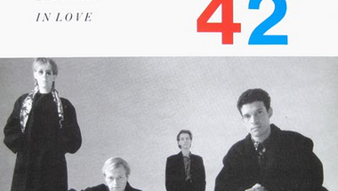 Level 42 - Lessons in Love     ♪