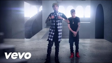 Tyga ft. Justin Bieber - Wait For A Minute (Explicit)