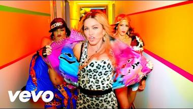 Madonna ft. Nicki Minaj - Bitch I'm Madonna