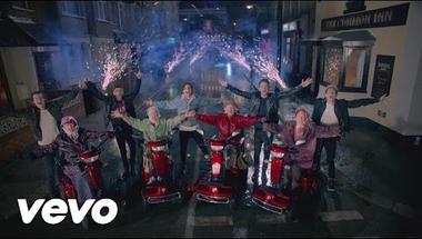 One Direction - Midnight Memories    ♪