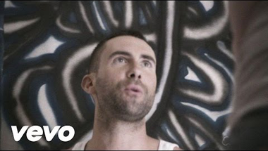 Maroon 5 - One More Night     ♪
