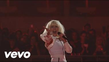 Lady Gaga - Venus (koncert)