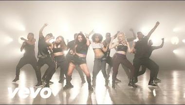 Little Mix - Move     ♪