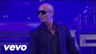 Pitbull - Echa Pa'lla (Manos Pa'rriba) (Live On Letterman)