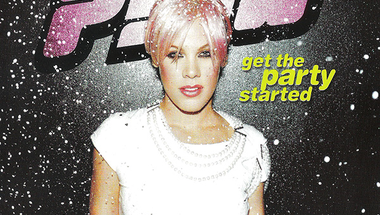 Pink - Get the Party Started     ♪