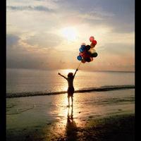 Boldognak lenni, vagy hajszolni egy életen át?