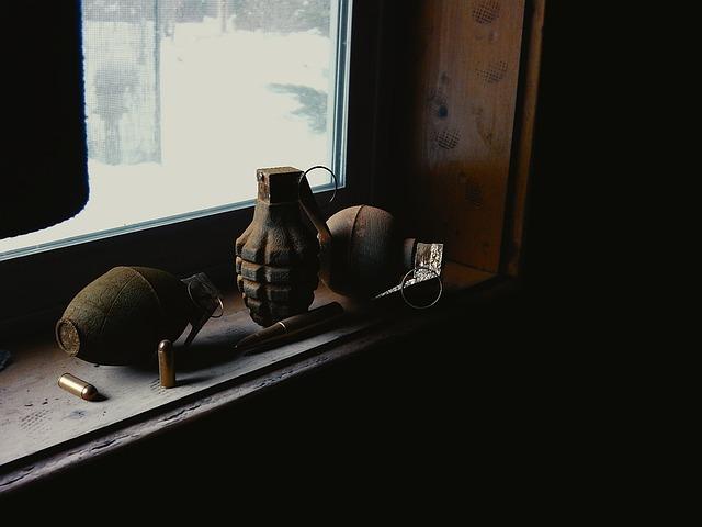 hand-grenade-1188393_640.jpg