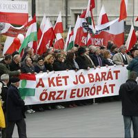 A hálátlan lengyelek nem értékelik miniszterelnökünk gesztusát!