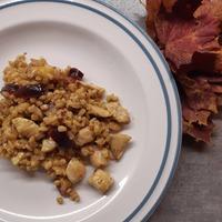 Gyors, de nem junk: gerslirizottó csirkével és gyümölcsökkel
