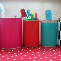 Rendszerezés a gyerekszobában#7: színes ceruzatartók konzerdobozból