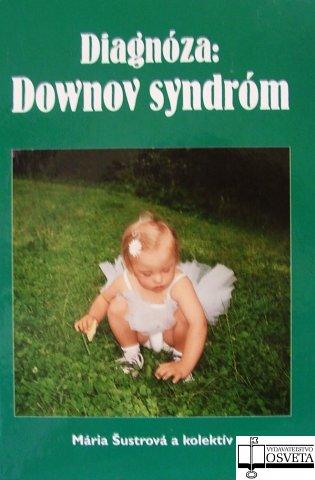 A DS-Ambulancia Dokinénijének könyve. Összefoglal minden témát, hiszen Ő maga is egy DS fiú édesanyja így praktikus tanácsokkal van tele. Első része szülőknek és szakembereknek szól milyen is ha a családba ilyen gyermek érkezik, etikai problémák stb.. Második része a genetikai háttérről, harmadik pedig az egészségügyi aspektusokról pl. betegségekről, testfelépítésről, a negyedik részben arról ír hogyan segíthetjük a DS emberek életét pl. korai fejlesztés, oktatás, szociális készségek. Az 5. részben nem hiányozhat a kutatások és felmérések téma sem. Kiadva: 2004, szlovák nyelven