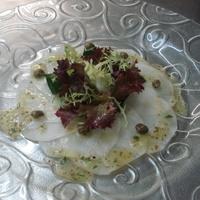 Feketeretek saláta, mézes vinegrett /ecet-olaj/ öntettel