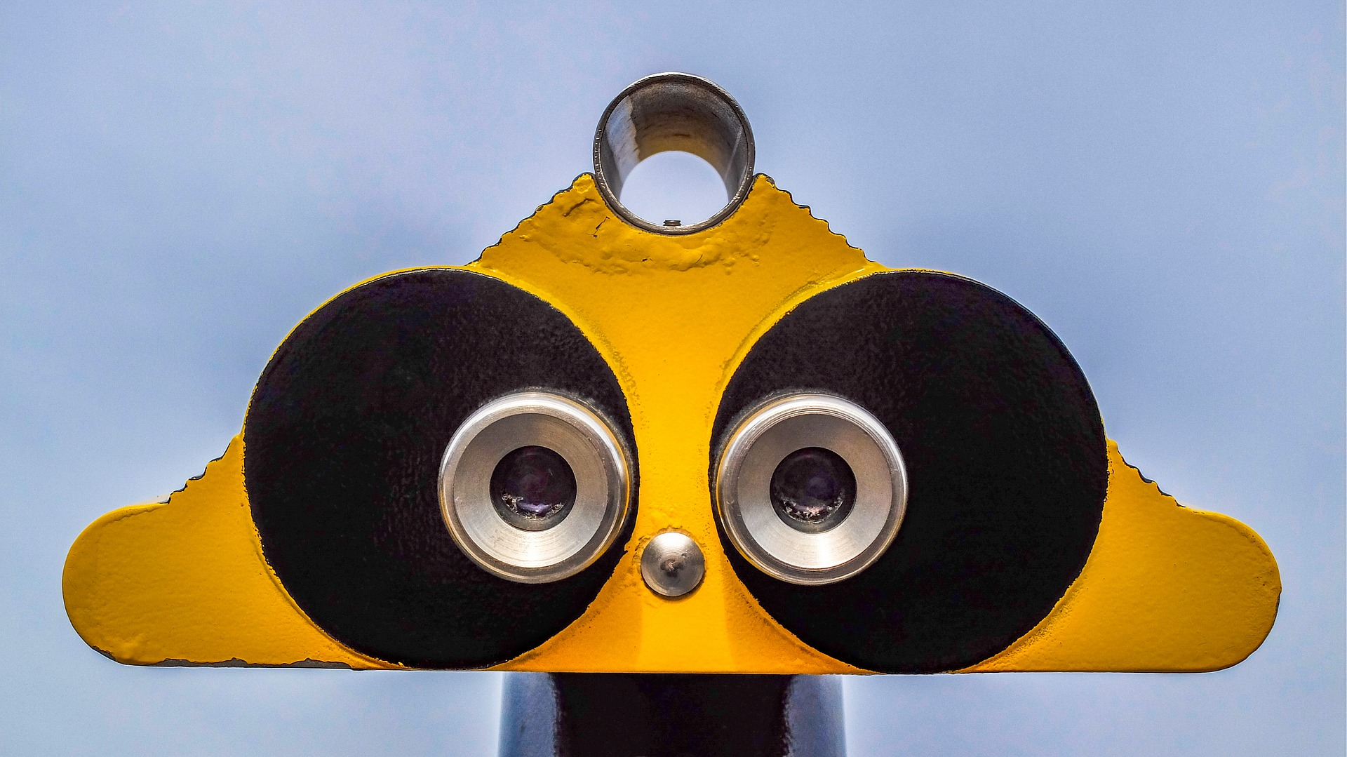 binocular-1966316_1920.jpg