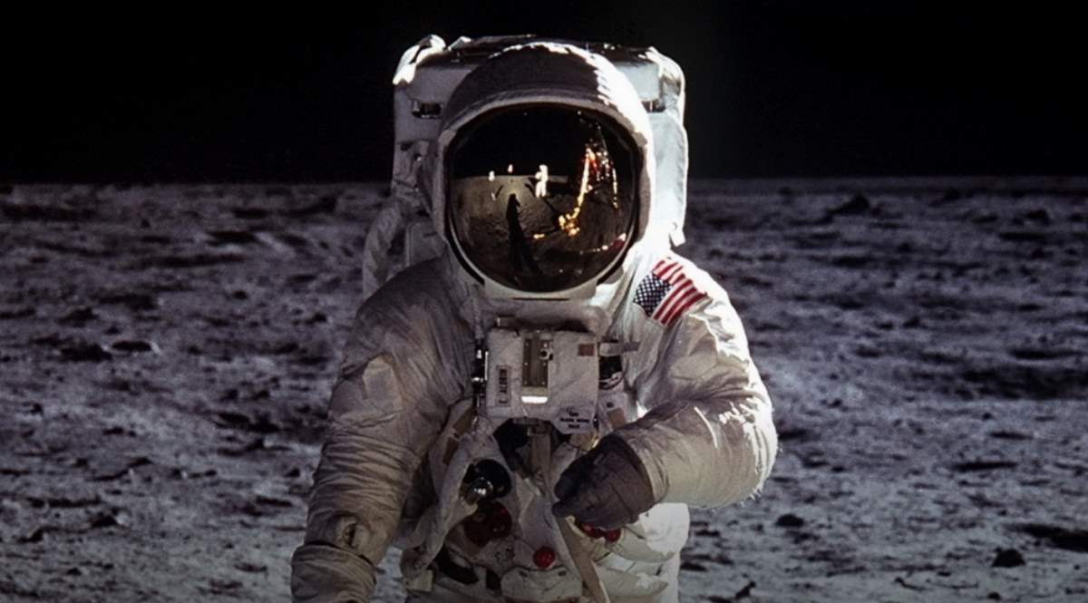 buzz-aldrin-on-the-moon-cropped.jpg