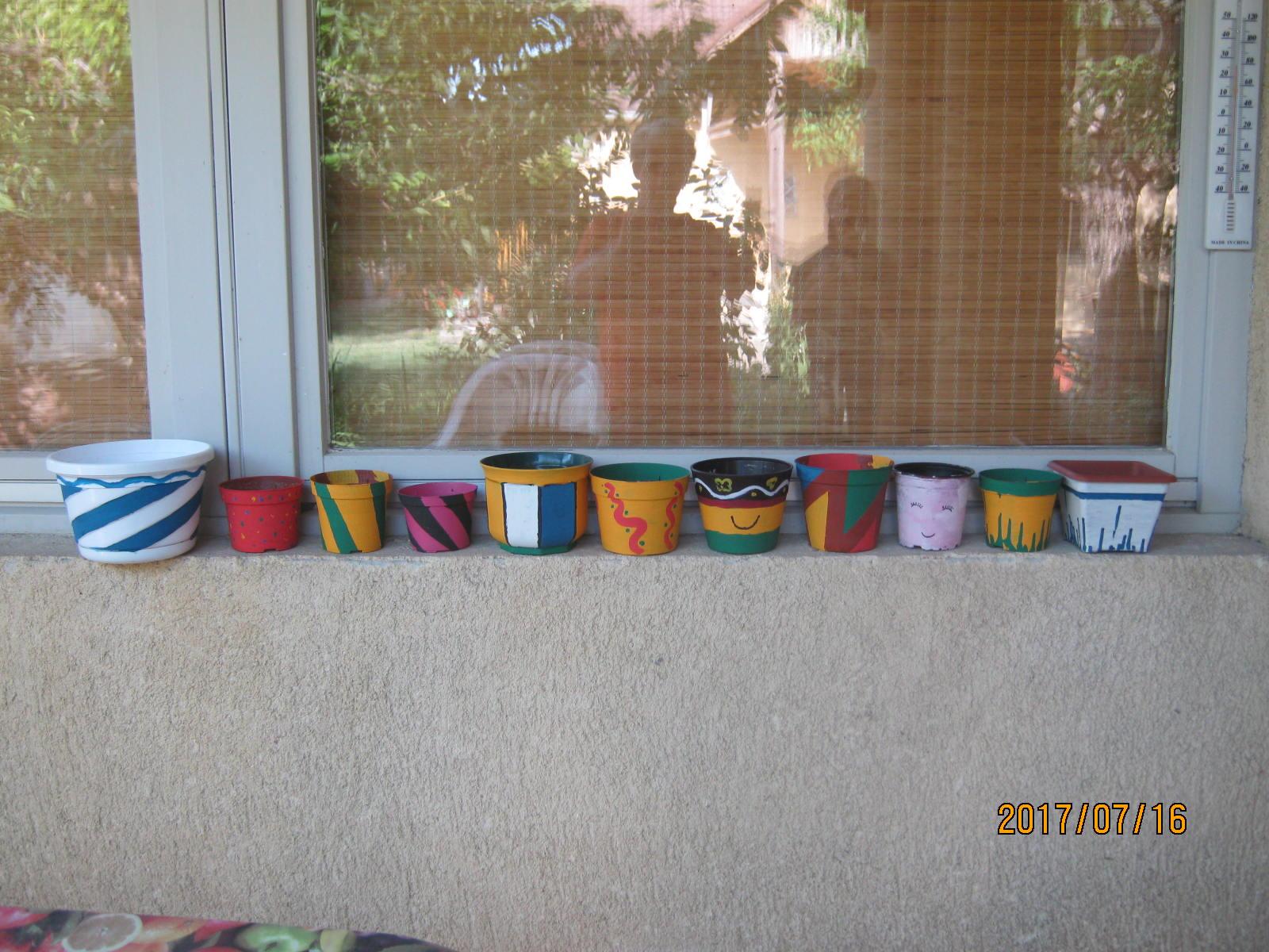 Kiállítás az ablakpárkányon