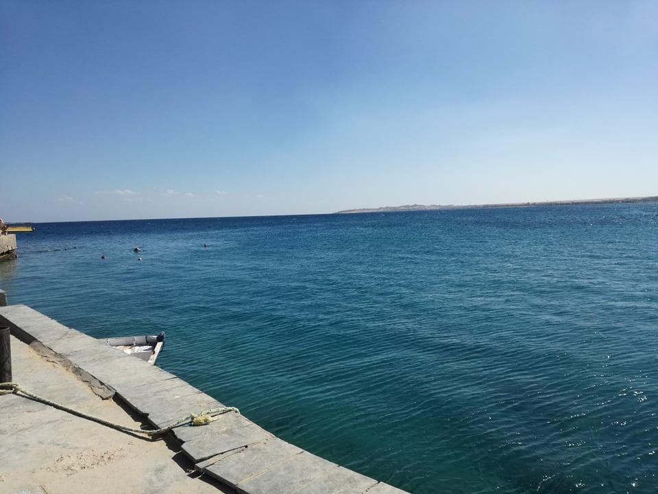 És hát a tenger. A végtelen kékség, ami mindig szép, akár fürdök benne, akár nem.