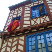 Forddal nyaralok: Bures-től Rennes-en át Nantes-ig
