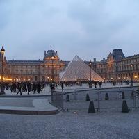 Egy teljes nap Louvre