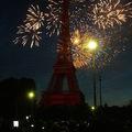 Bastille-nap, Champs Elysees és tűzijáték az Eiffel-toronynál
