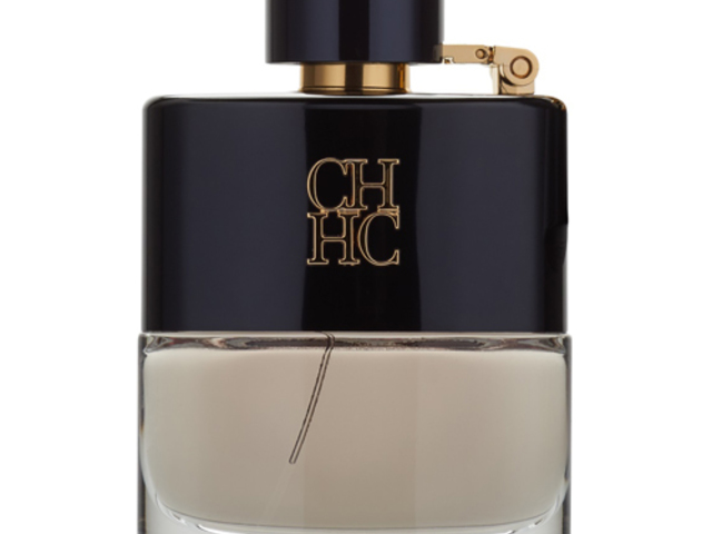 randi Chanel 5. sz. parfüm az abszolút és relatív randevú összehasonlítja és ellentmond
