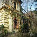 Elátkozott kastély a Balaton mellett