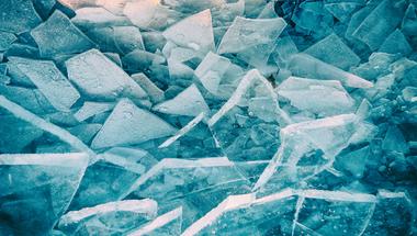 Igazi tündérmesébe illő képek a jeges Balatonról