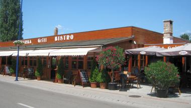 A legjobb balatoni étterem nyomában: Bárka Grill Bistro