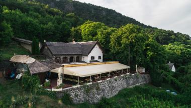 A legjobb balatoni étterem nyomában: Kisfaludy-ház